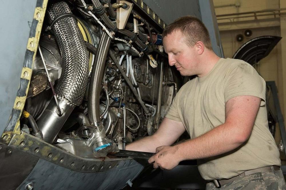 Peut on faire appel à un mécanicien à domicile sur un véhicule de la 2ème Guerre mondiale ?