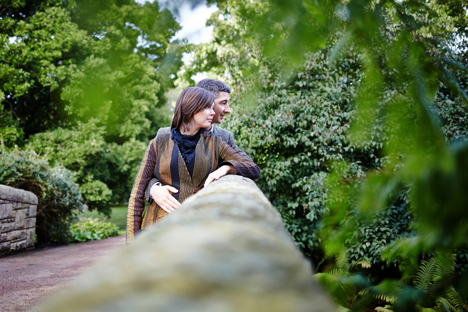Botanic Gardens Edinburgh couple photo session