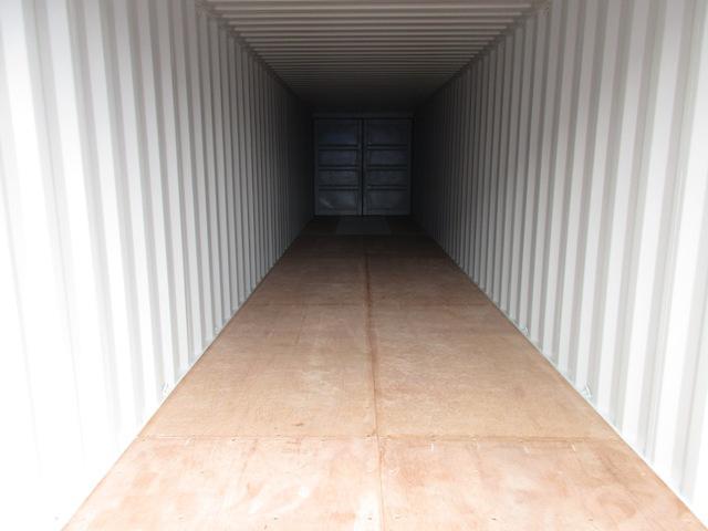 40' Double Door One Trip Container Interior