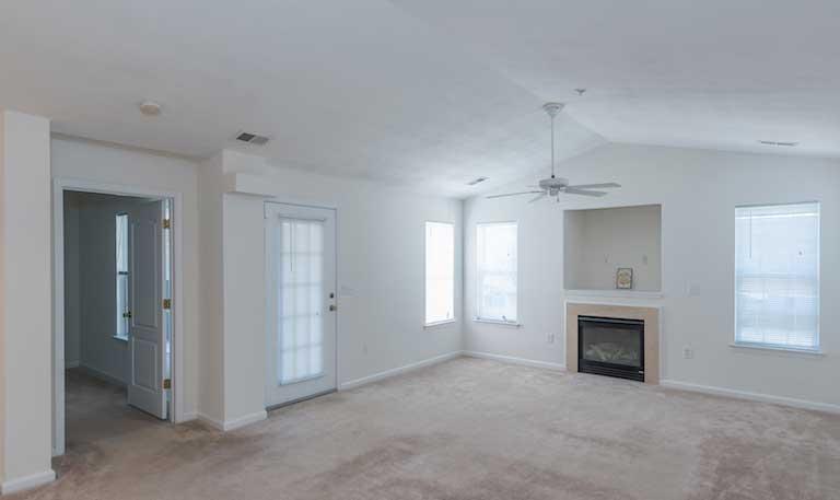 Magnolia Run Apartments Living Room