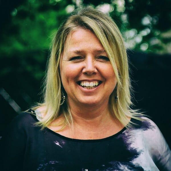 Picture of Pastor Miriam Eisen
