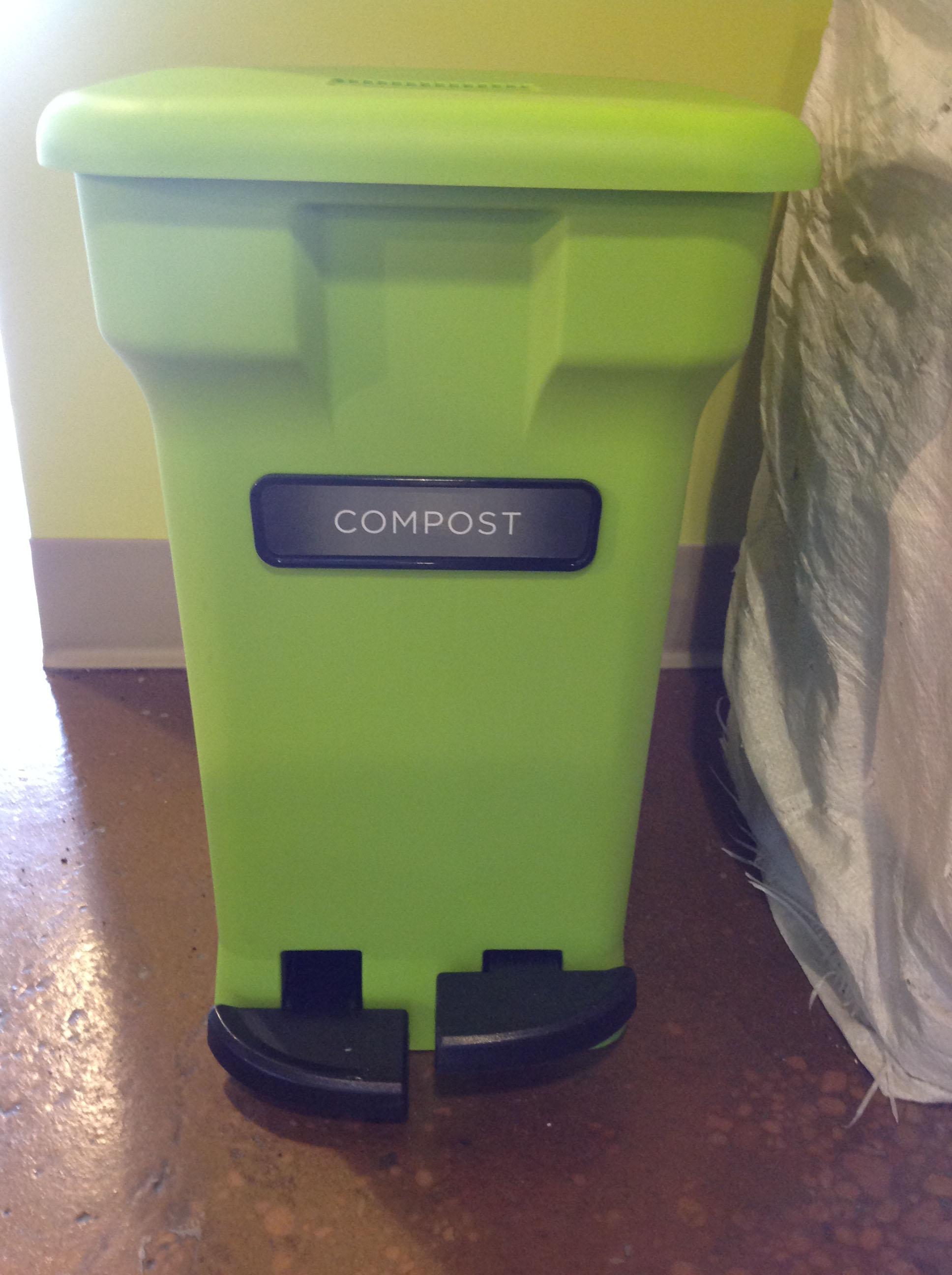 CompoKeeper compost bin