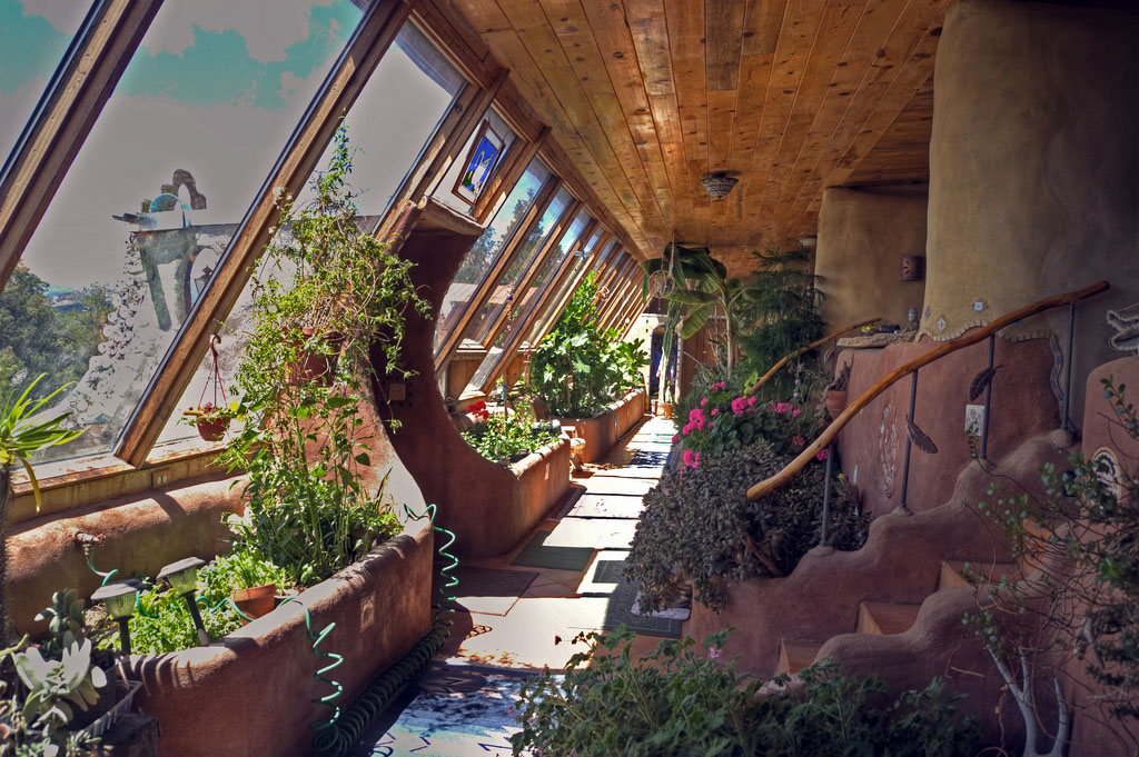 Earthships: Extreme Sustainability