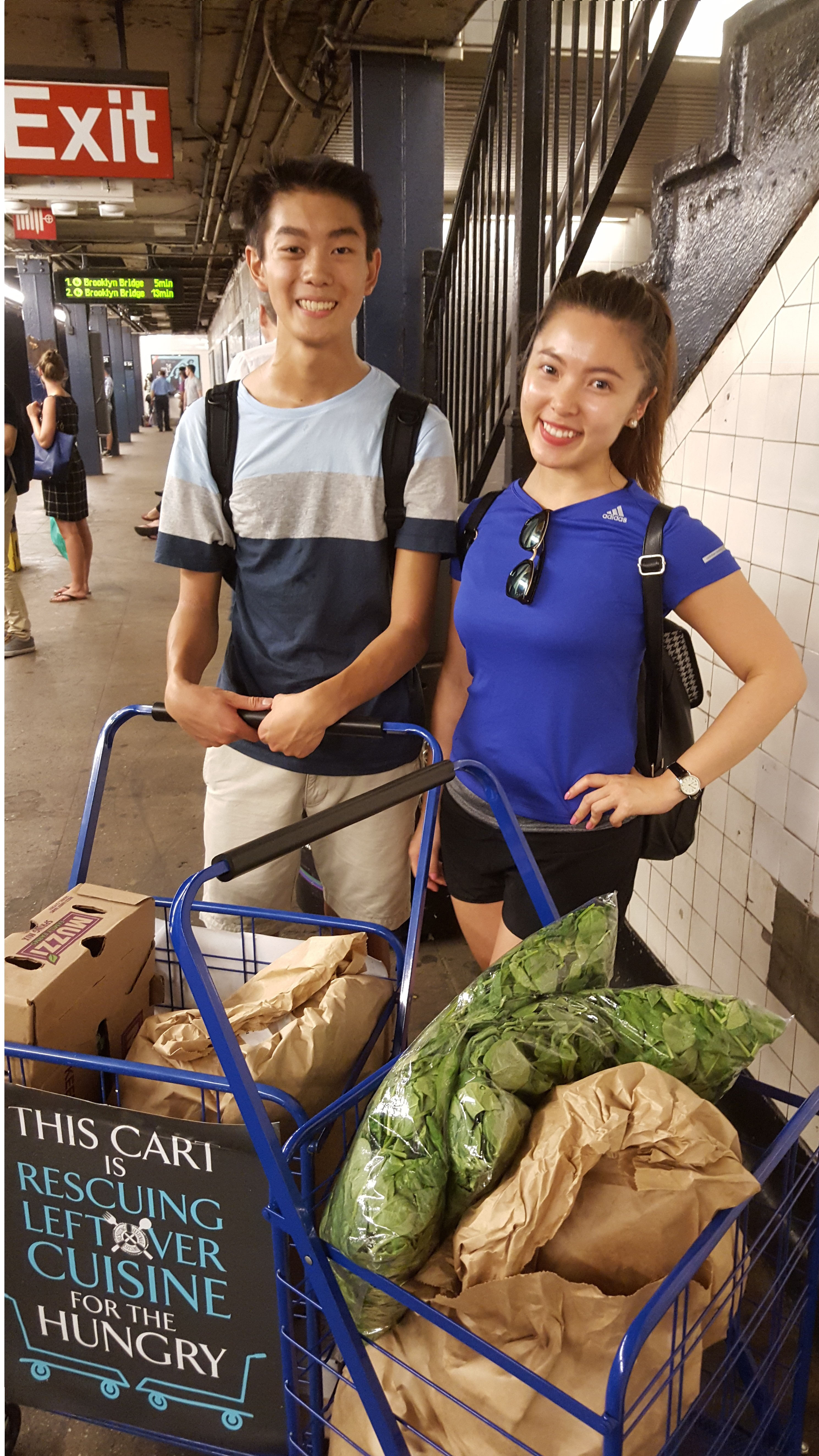 Man and woman rescue food in carts for Rescuing Leftover Cuisine
