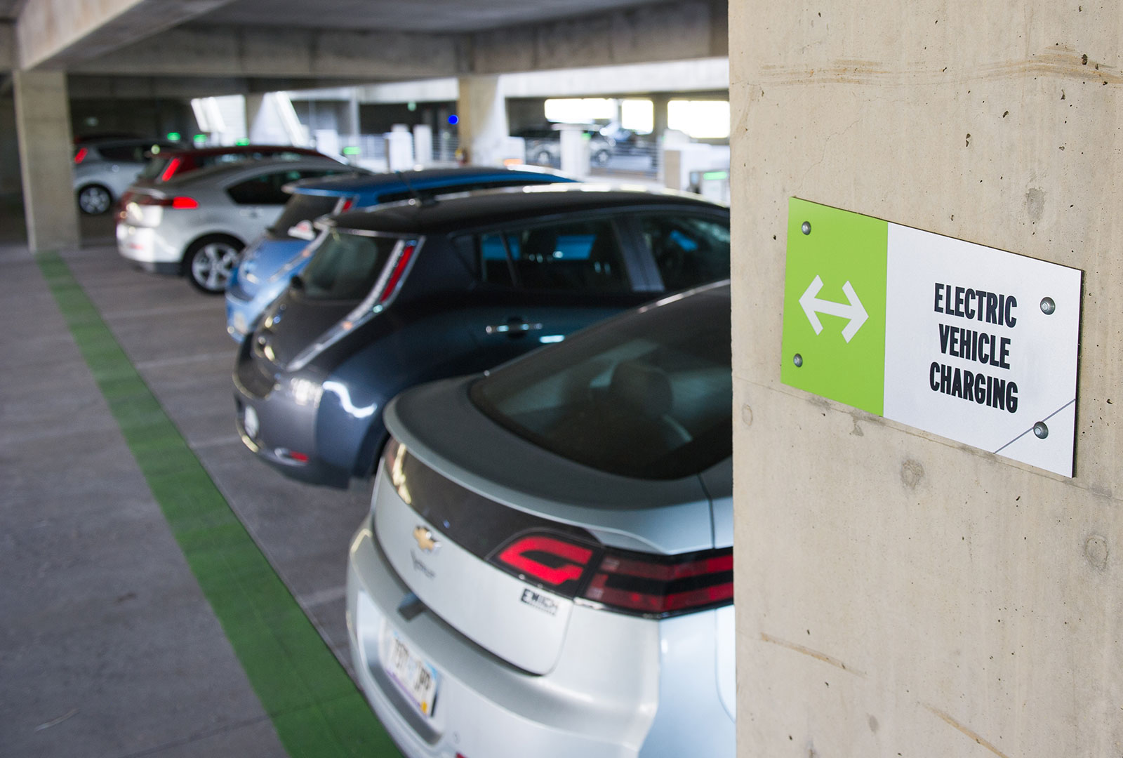 Vermont city hopes 'Airbnb for EV charging' will give renters new options