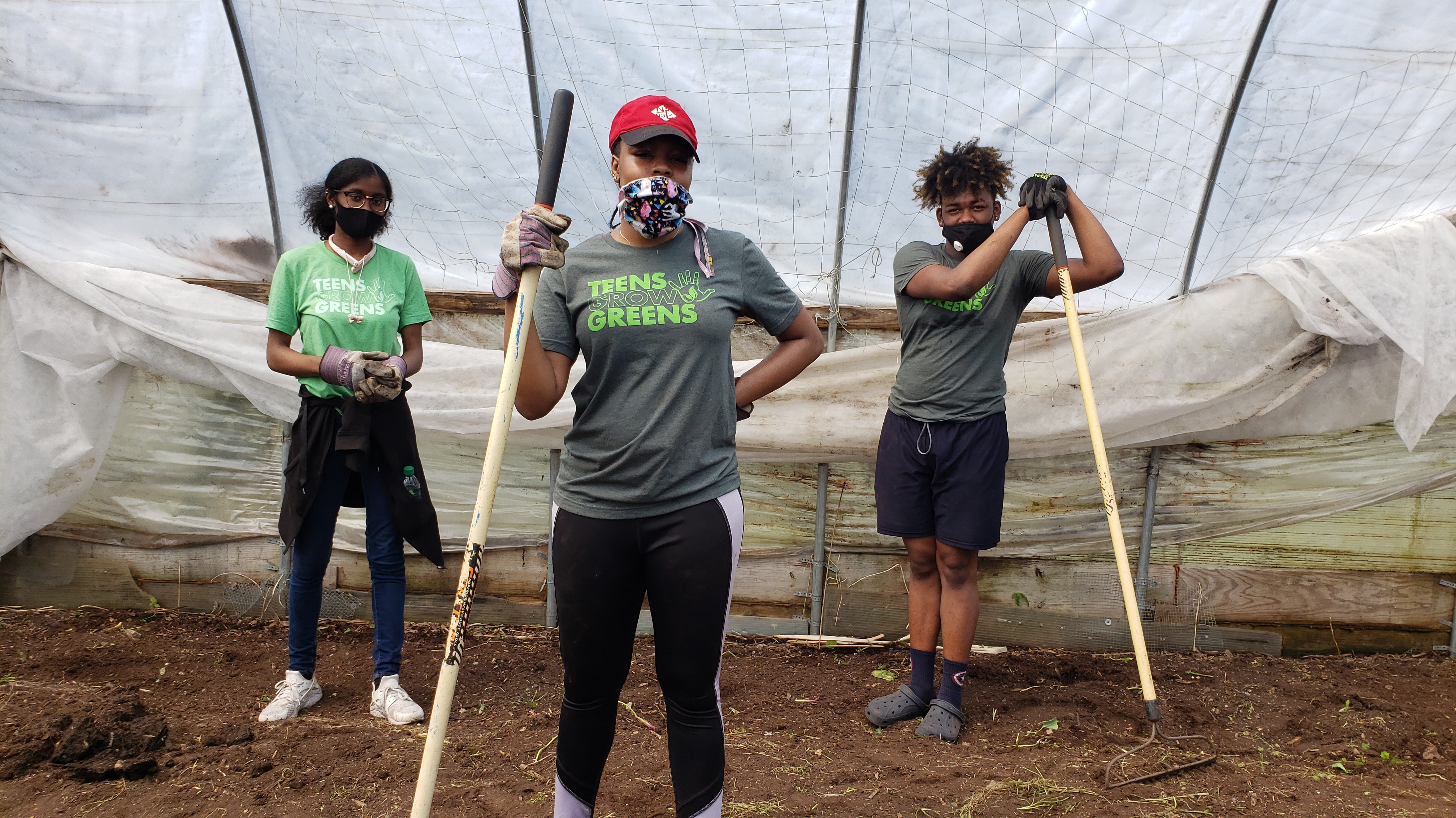 Increasing Food Accessibility & Empowering Youth: Community Changemaker Teens Grow Greens