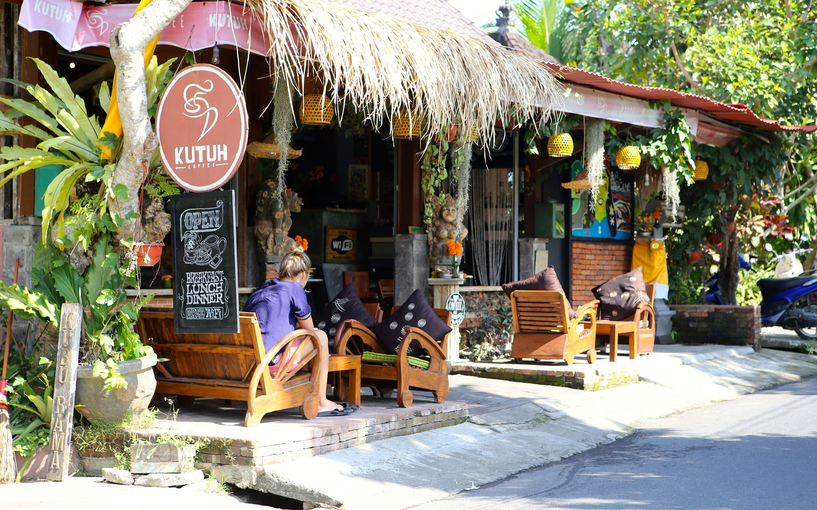 A nearby cafe
