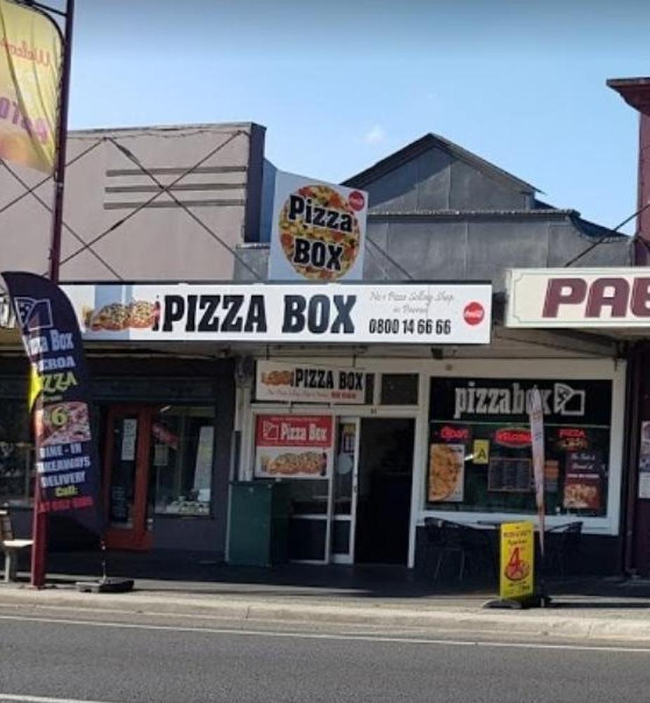 Paeroa Pizzeria damaged by fire