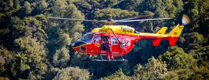 Husband and wife airlifted after crash on Paeroa-Tahuna Rd