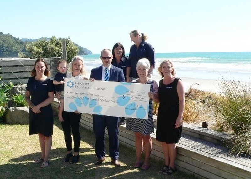 Harcourts Gold Star Real Estate buffs up its heart of Gold for Beach Community Centre