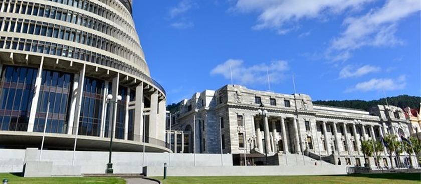 Government acts  to Keep New Zealand Working