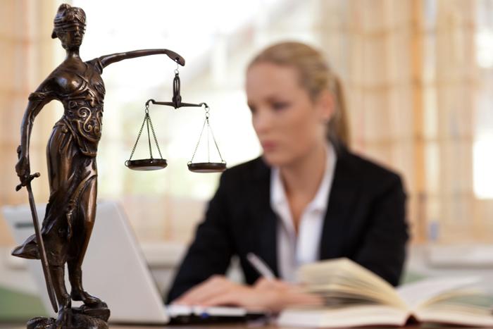 консультация юриста не реклама
