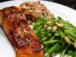 salmon with rice and green beans
