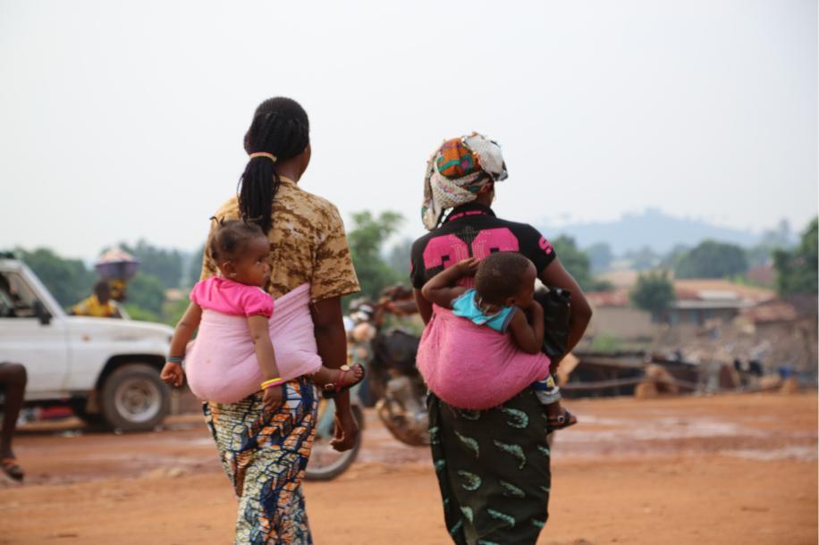 Common Thread - Malnutrition people talking unicef