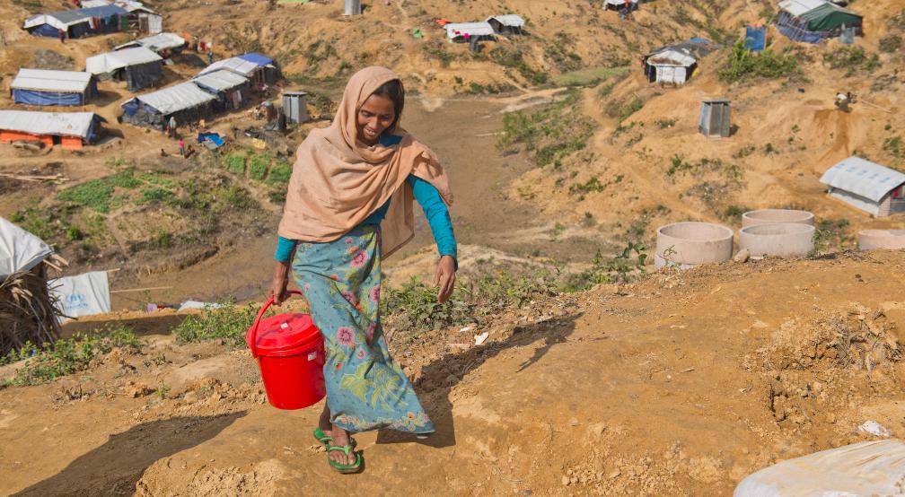 Common Thread - Malnutrition woman unicef