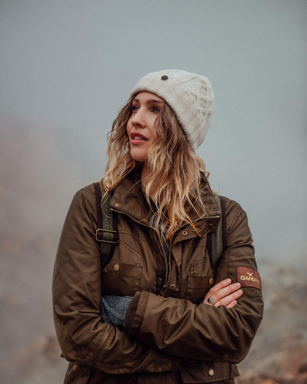 Rachel Bowler Outdoor Portrait