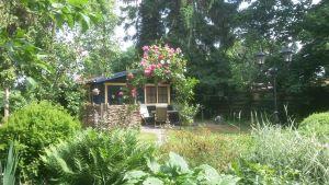 Huisje in tuin B&B Het Groene Hart